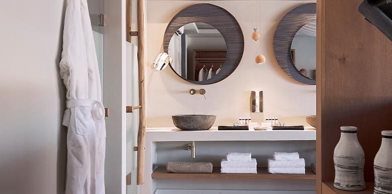 facilities-exclusive-suite-private-pool